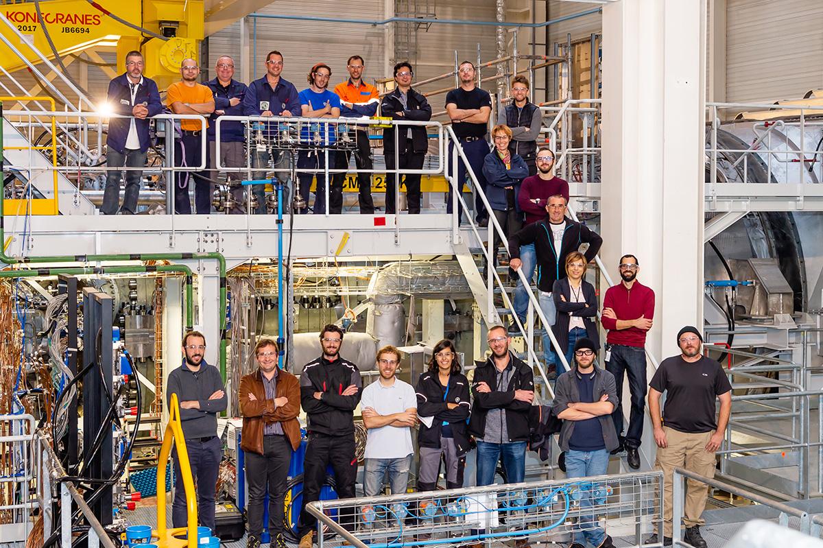 portrait groupe en entreprise, industrie, photographe JPI Mulhouse Alsace